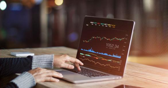 stocks-laptop