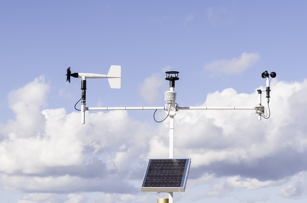 Instruments for climate analysis Solar-powered weather station at Fort Caroline National Memorial along the St. Johns River in Jacksonville, Florida, USA