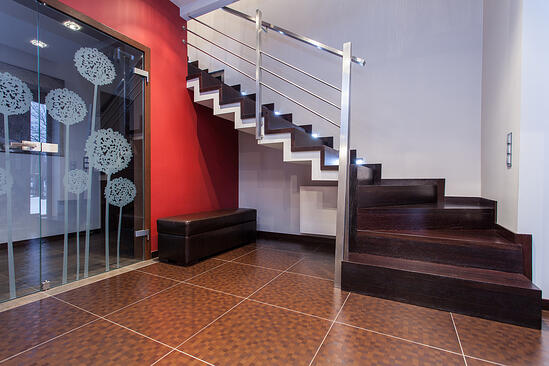 Ruby house - wooden and metal staircase in contemporary house